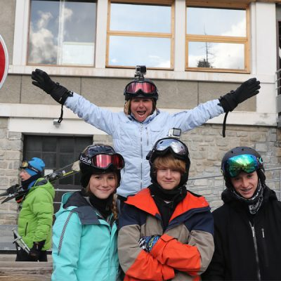Family-skiing-trip-to-the-french-Alps-from-MacLeanAdventures