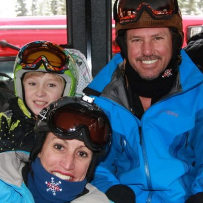 Ski-vacation-family-fun-in-France-made-possible-through-MacLeanAdventures